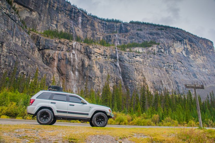 2007 Jeep Grand Cherokee WK1 Lifted in Banff beside Weeping Wall